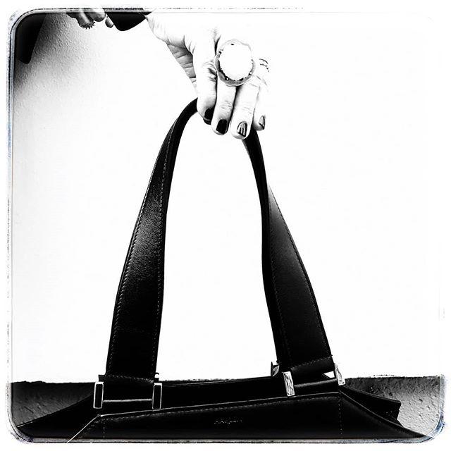 Arc in black.