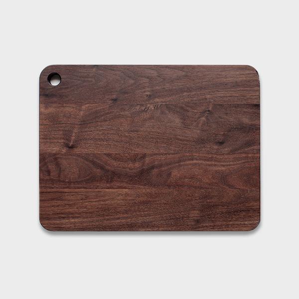 walnut cutting board.jpg