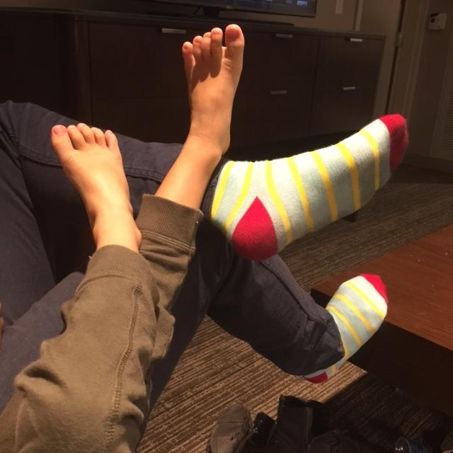 red toe socks