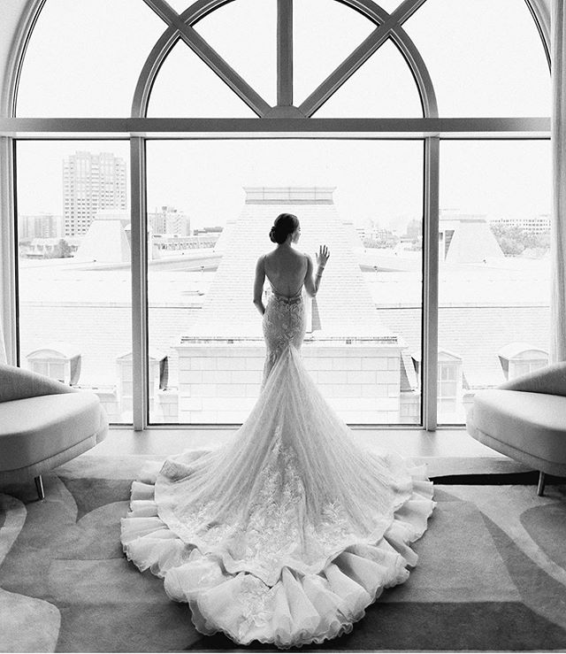 Will always be a favorite gown and favorite view 🙌🏽
