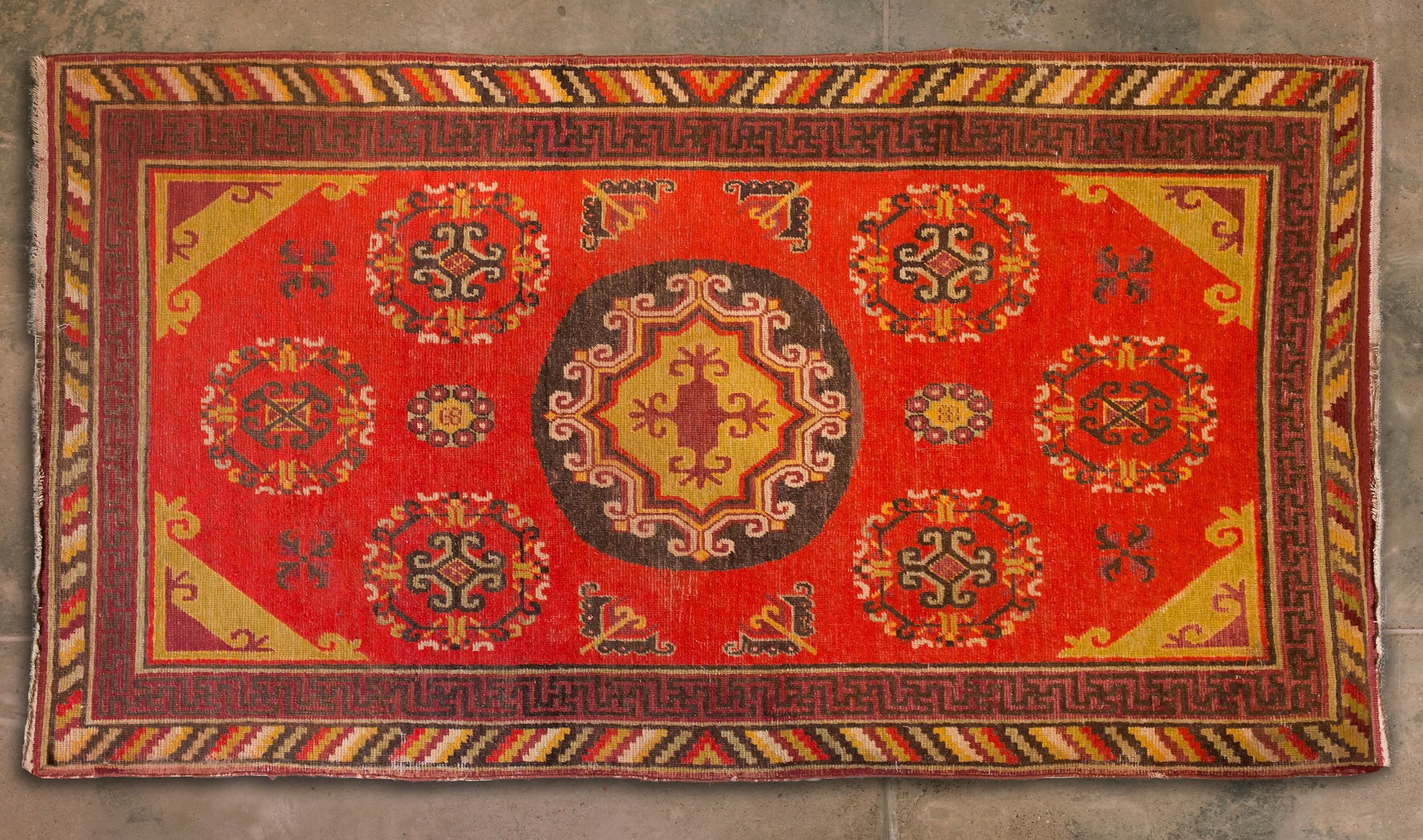 Antique Samarkhand Chinese Border 91x50inches 95k.jpg