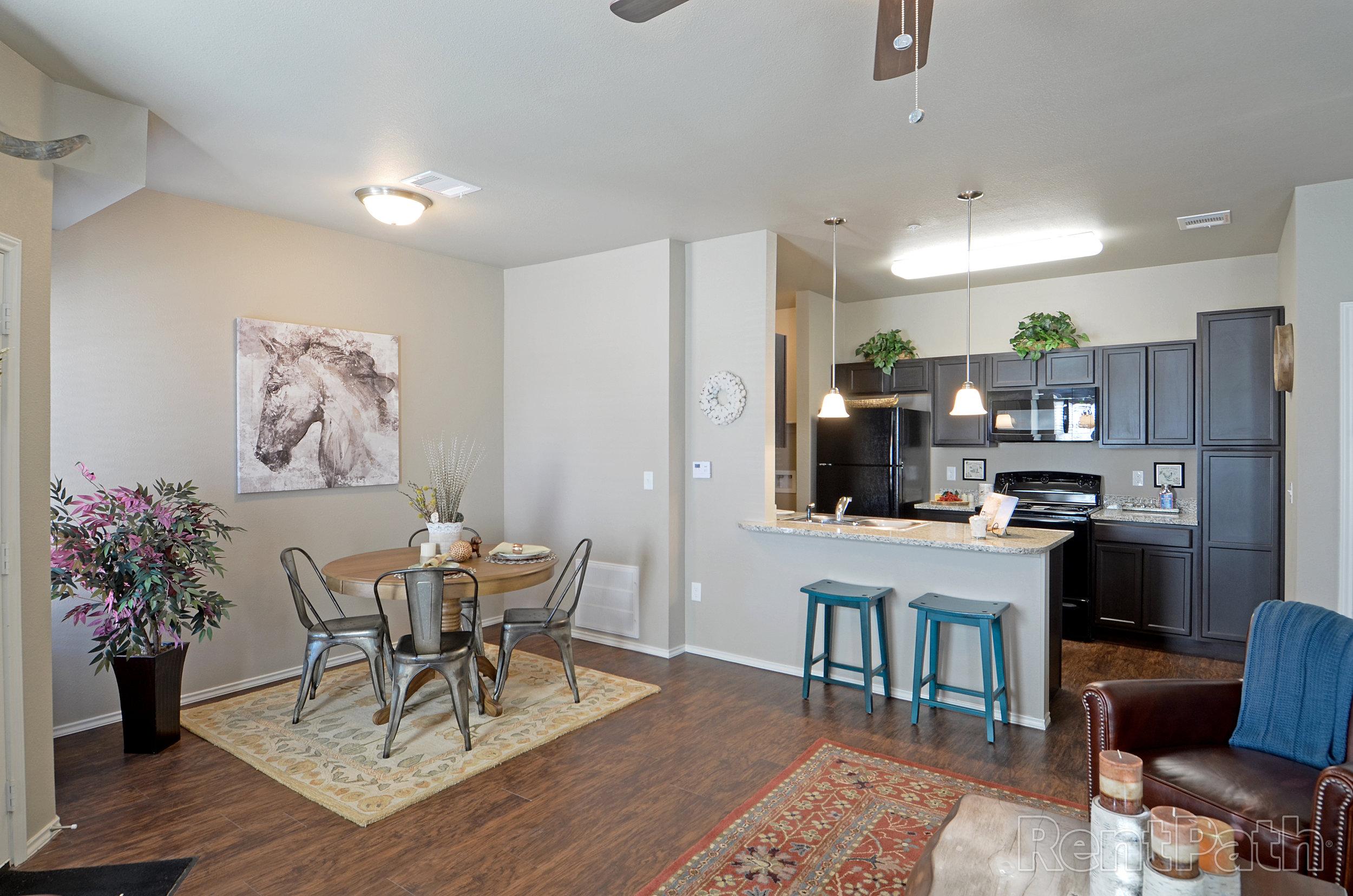 Stallion Floor Plan - Dining Room