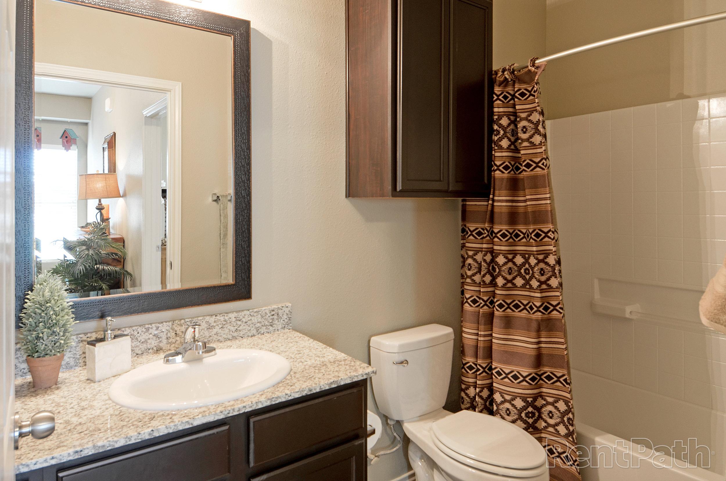 Stallion Floor Plan - Bathroom