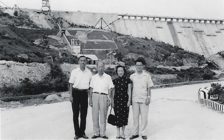 Lam and Au at Tai Lam Reservoir, ca. 1960. Courtesy Shona Lam.