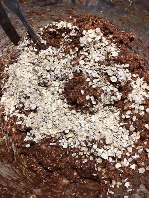 oats in banana cookies.JPG