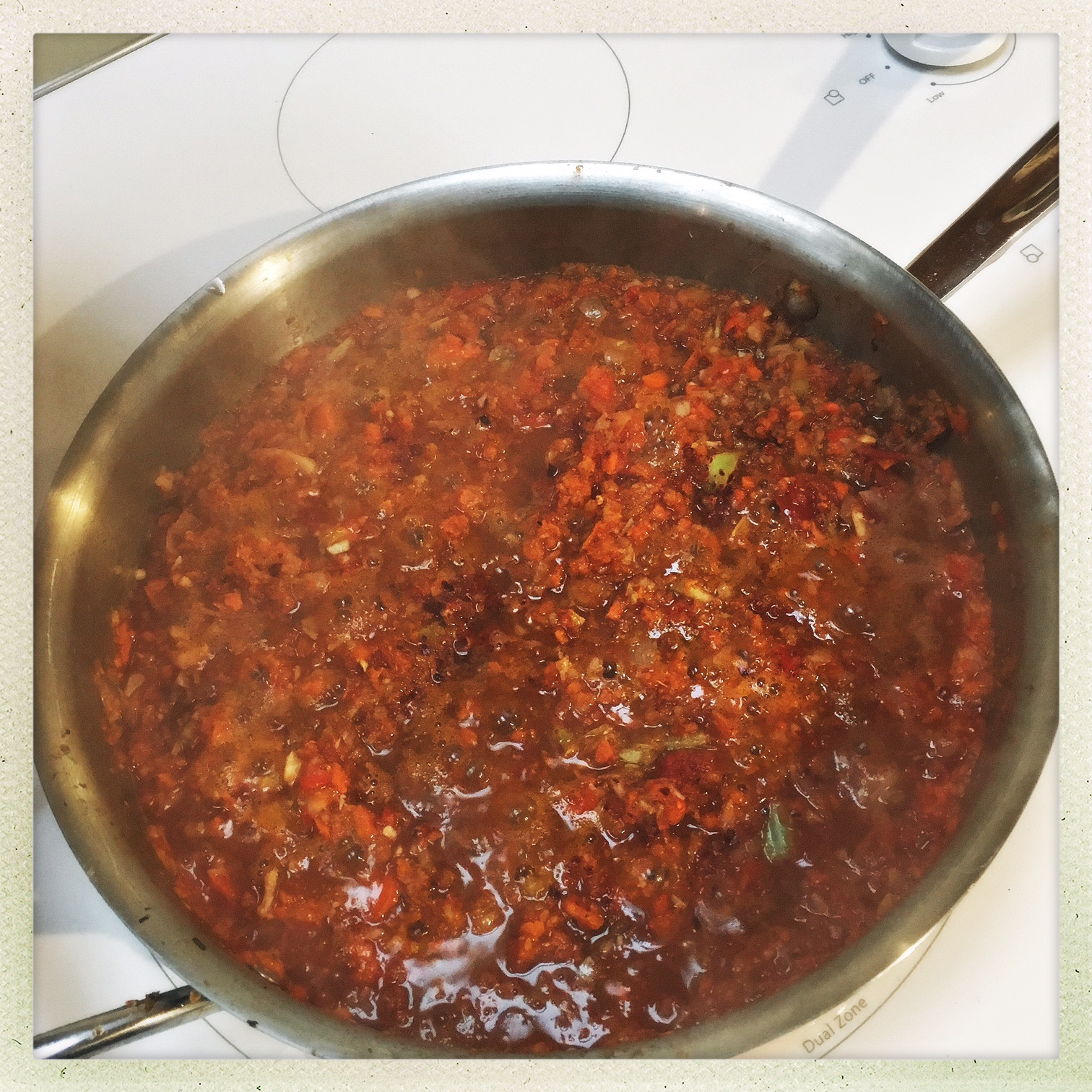 sauce stewing in pan.jpg