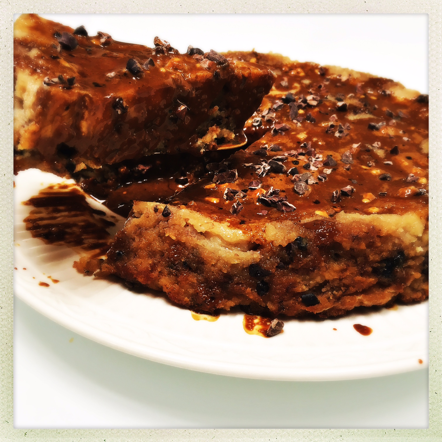 upside down banana cake with espresso drizzle2.jpg