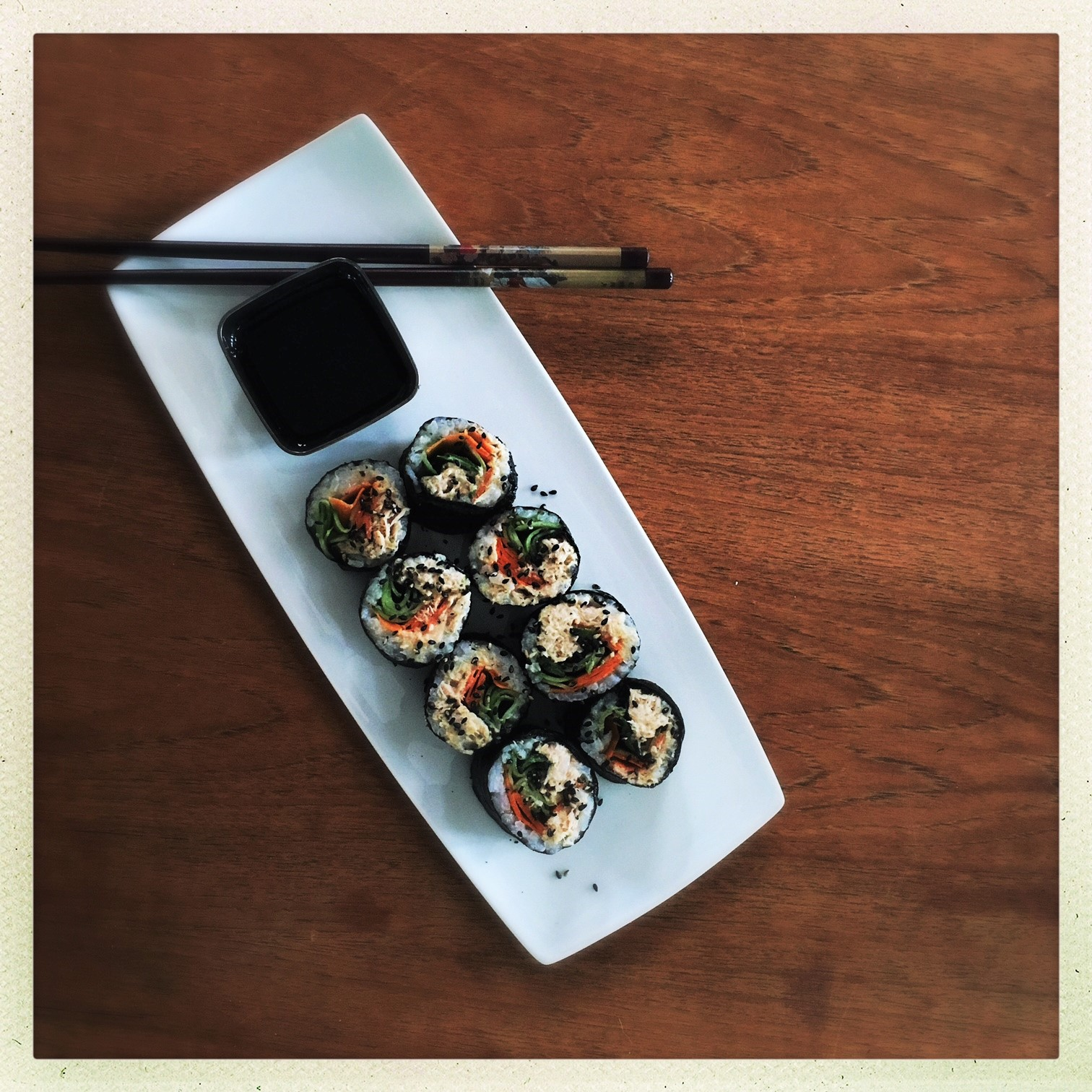 clean spicy tuna sushi rolls 4.jpg