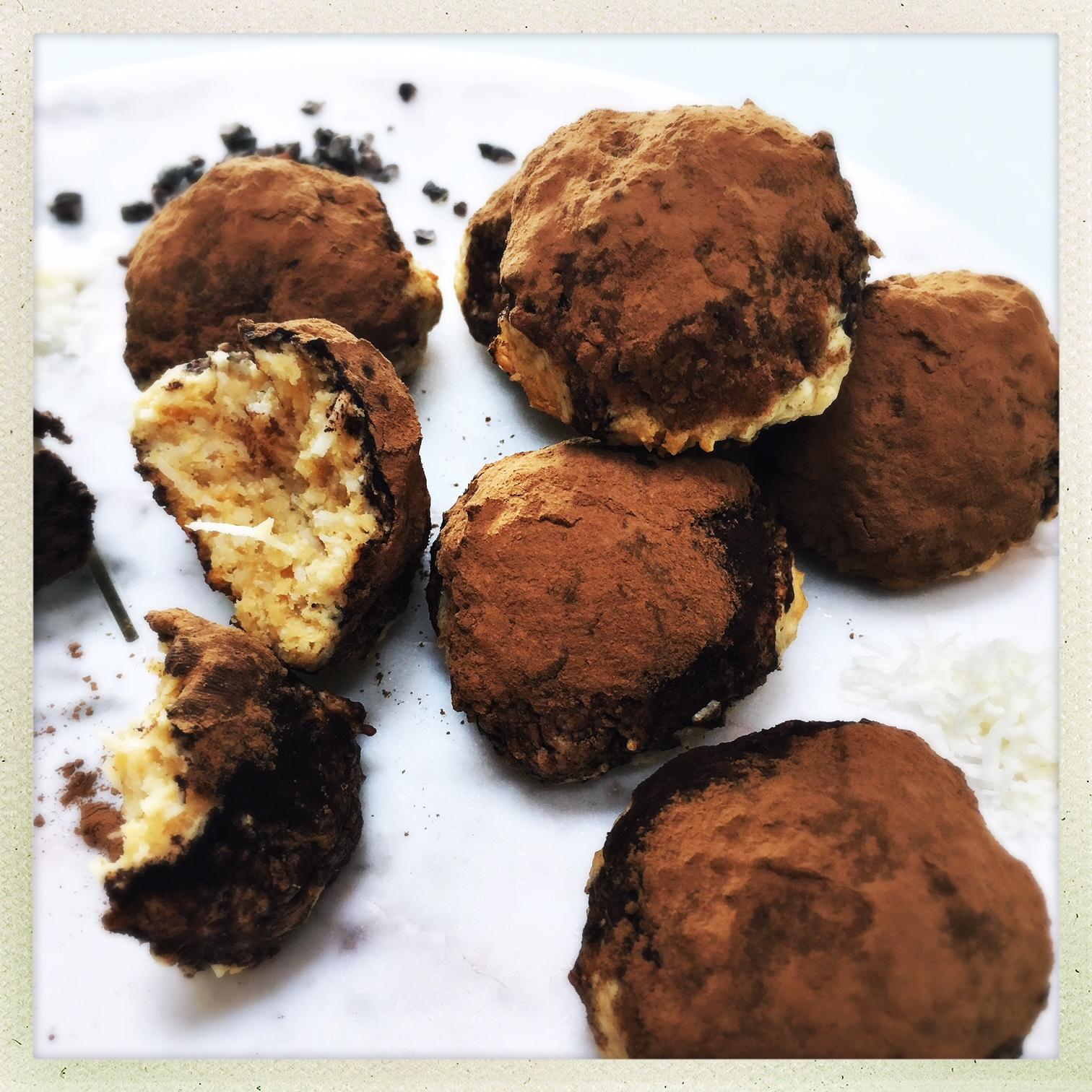 chocolate peanut butter macaroons 5.jpg