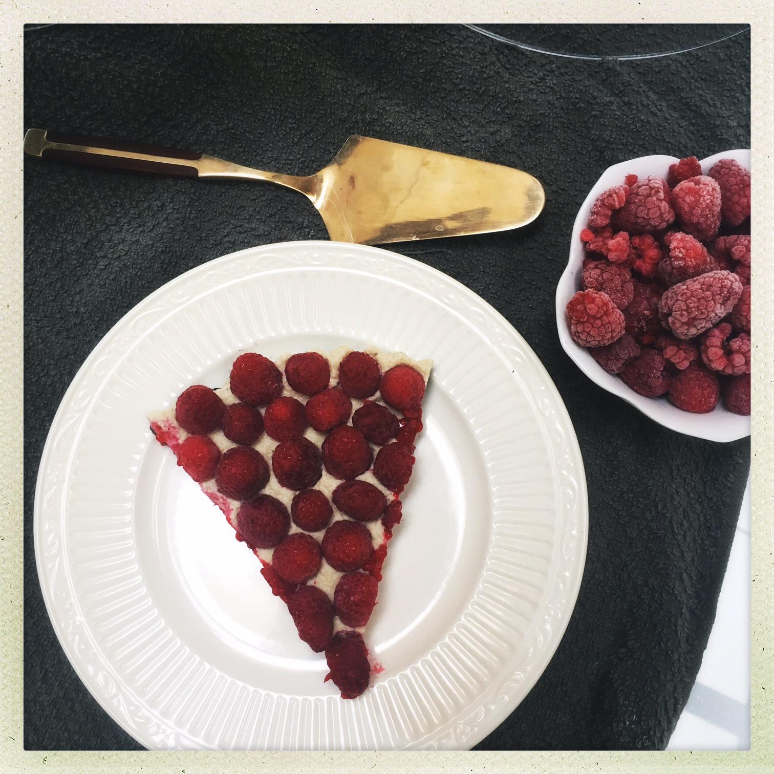 raw vegan raspberry cheesecake tart  13.jpg