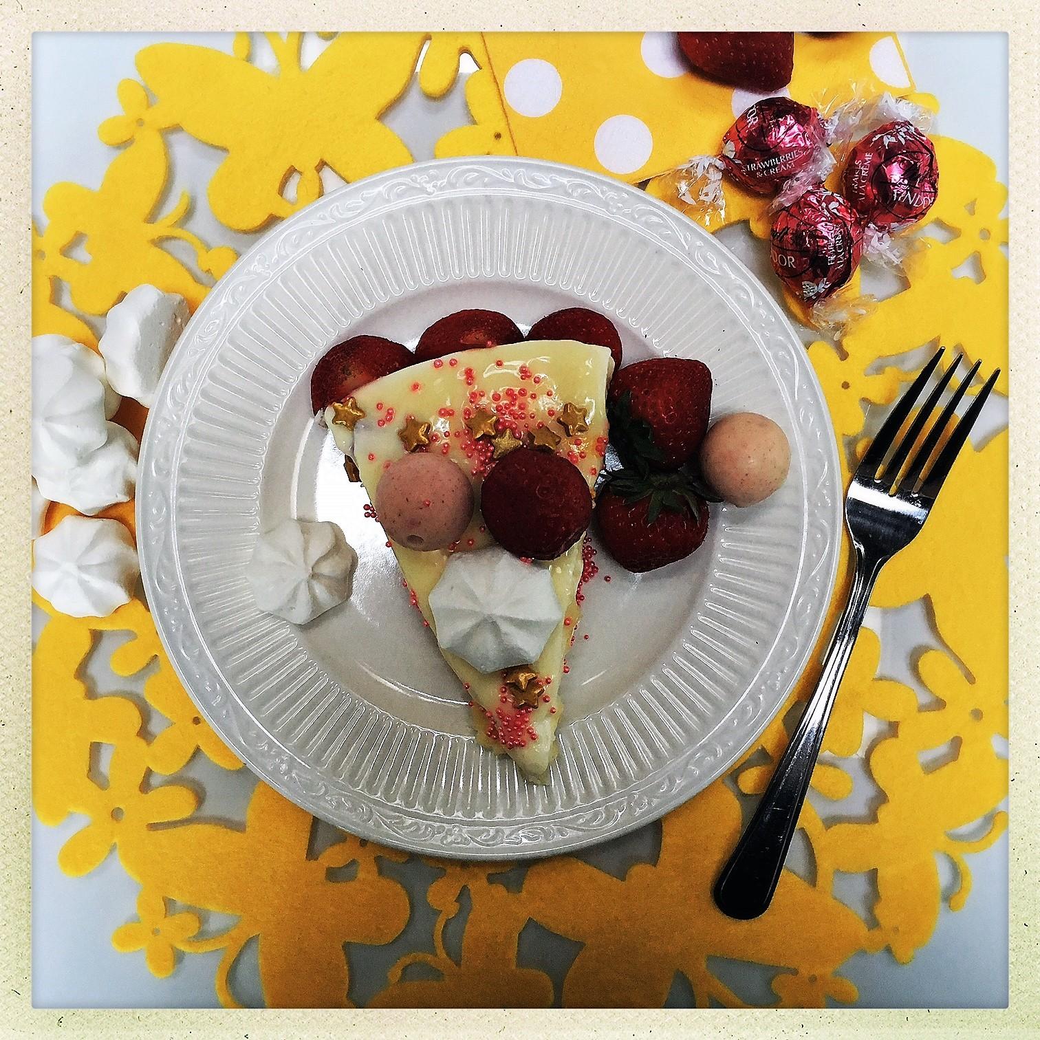 stawberry shortcake cheesecake 10.jpg