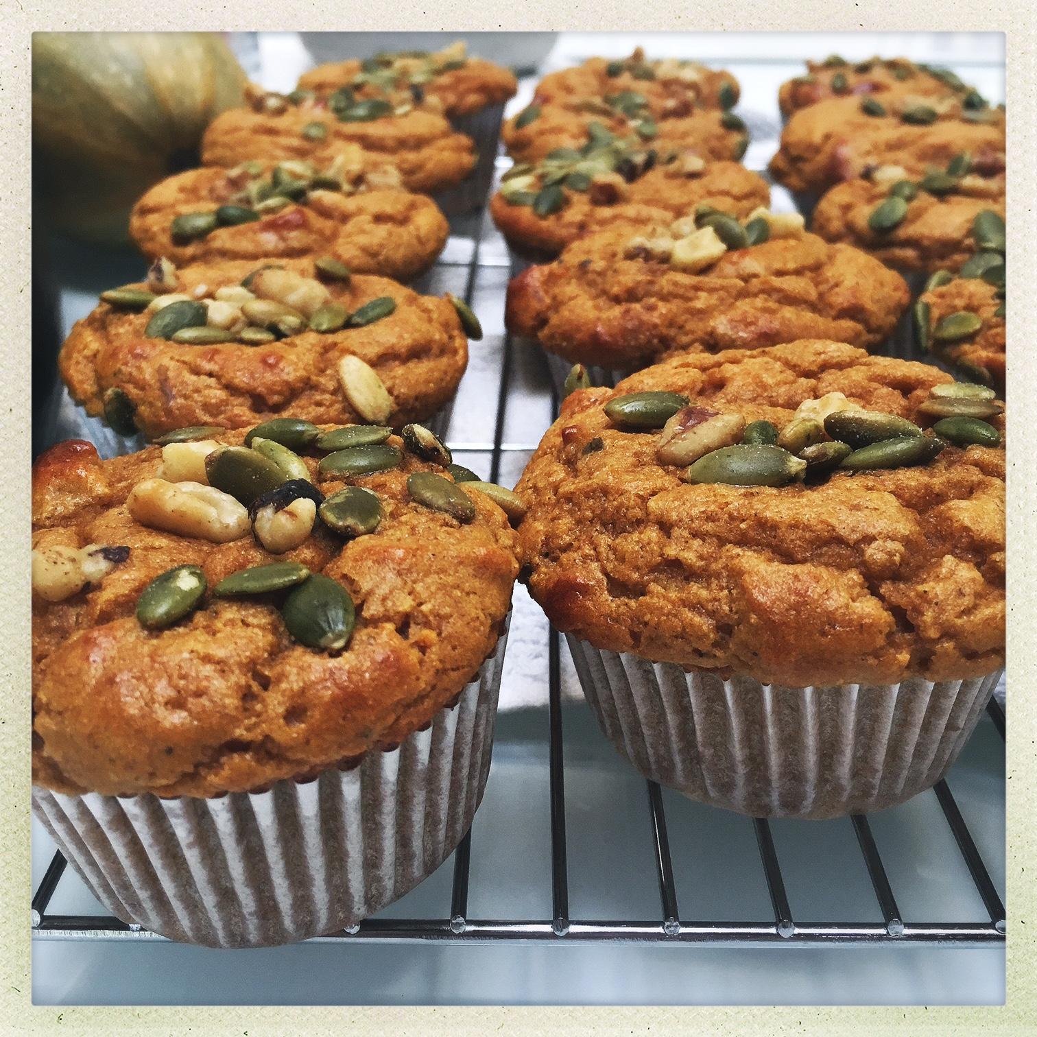 pumpkin protein muffins5.jpg
