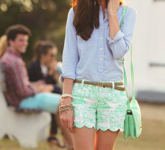 7-nice-preppy-outfits-with-shorts-to-wear-this-summer3