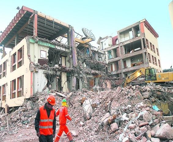 La virulencia de los terremotos en determinadas áreas del planeta obligan a estudiar materiales resistentes a movimientos de la Tierra