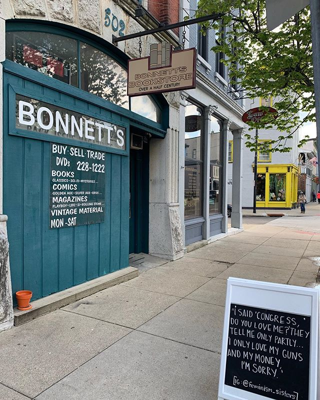 Any day is a good day to support a small book store, especially tomorrow during #IndependentBookstoreDay! Visit @bonnettsbooks tomorrow during @bookstoreday and show us what you find! . 📸 Share your experience with us! @theoregondistrict #oregondistrict #theoregondistrict . #dayton #daytonohio #daytoninspires #downtowndayton #datedayton #dateyourcity #roamohio #inspiredbyohio #ohiofindithere #ohiobeautiful #ohioexplored #naturalohio #ohiomade #ohiogram #greatmiamiriverway #miamivalley #miamivalleyohio #shopsmall #shopsmallsaturday #shopsmalleveryday #supportlocalbusiness #supportindependentbusiness #localbusiness #independentbusiness
