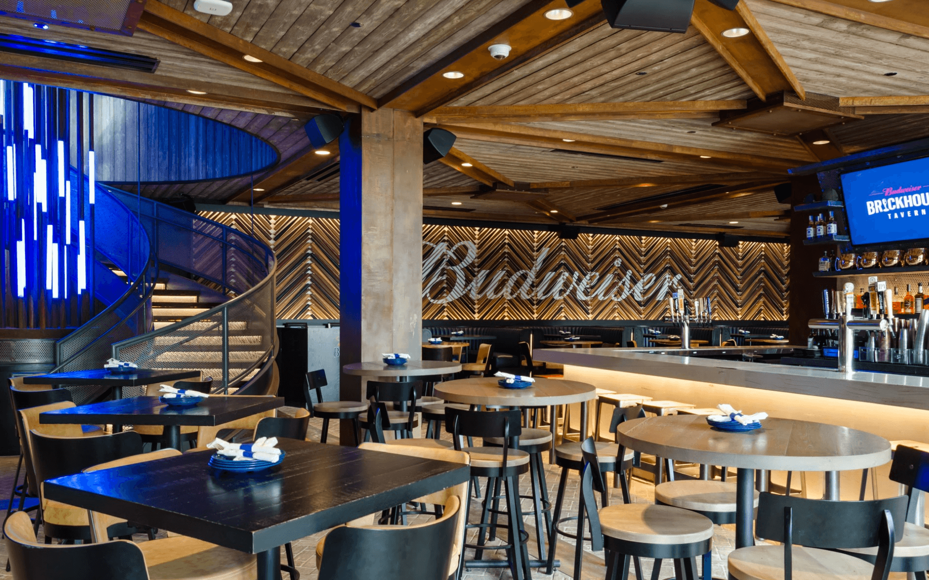 Budweiser Brickhouse Tavern - An elevated sports-dining experience with four expansive bars, two outdoor terraces and stunning views of historic Wrigley Field and the Chicago skyline.3647 N Clark StChicago, IL 60613773-377-4770