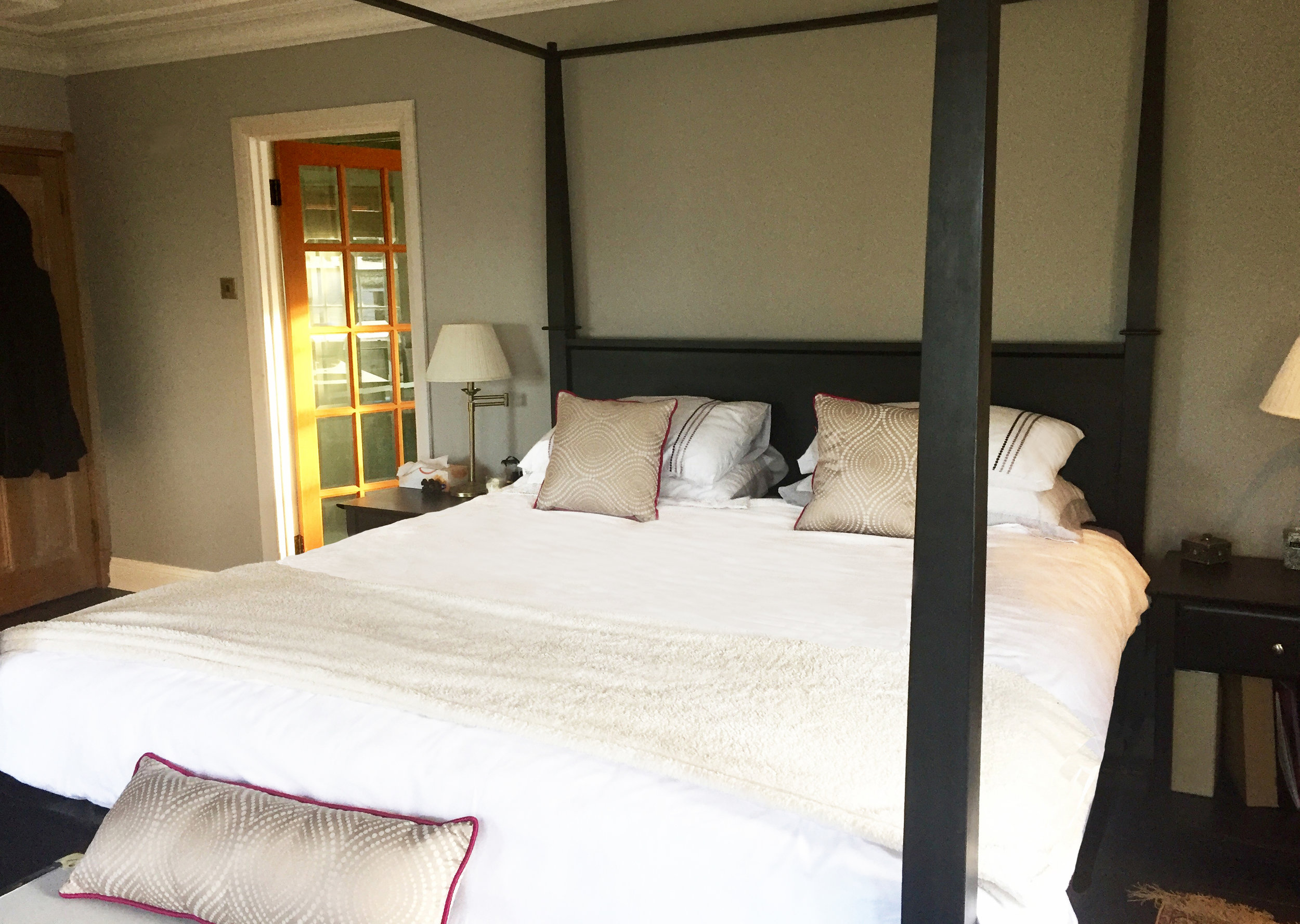 Copperfields_Luxury_Room.jpg