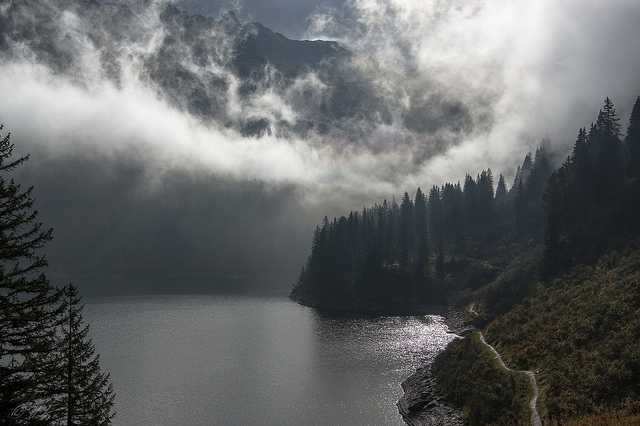 90377 :      Fog over Garichtisee  by  mierhhhlich  on Flickr.