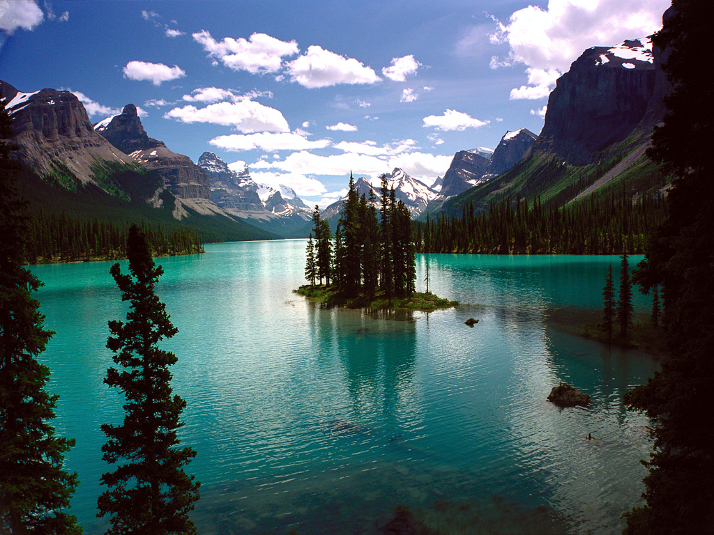 brutalgeneration :     Spirit Island, Maligne Lake, Jasper National Park, Canada (by  waaade )