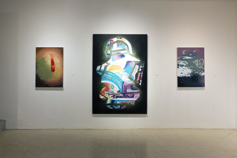 Center:Kyle Bustin,MFA '17