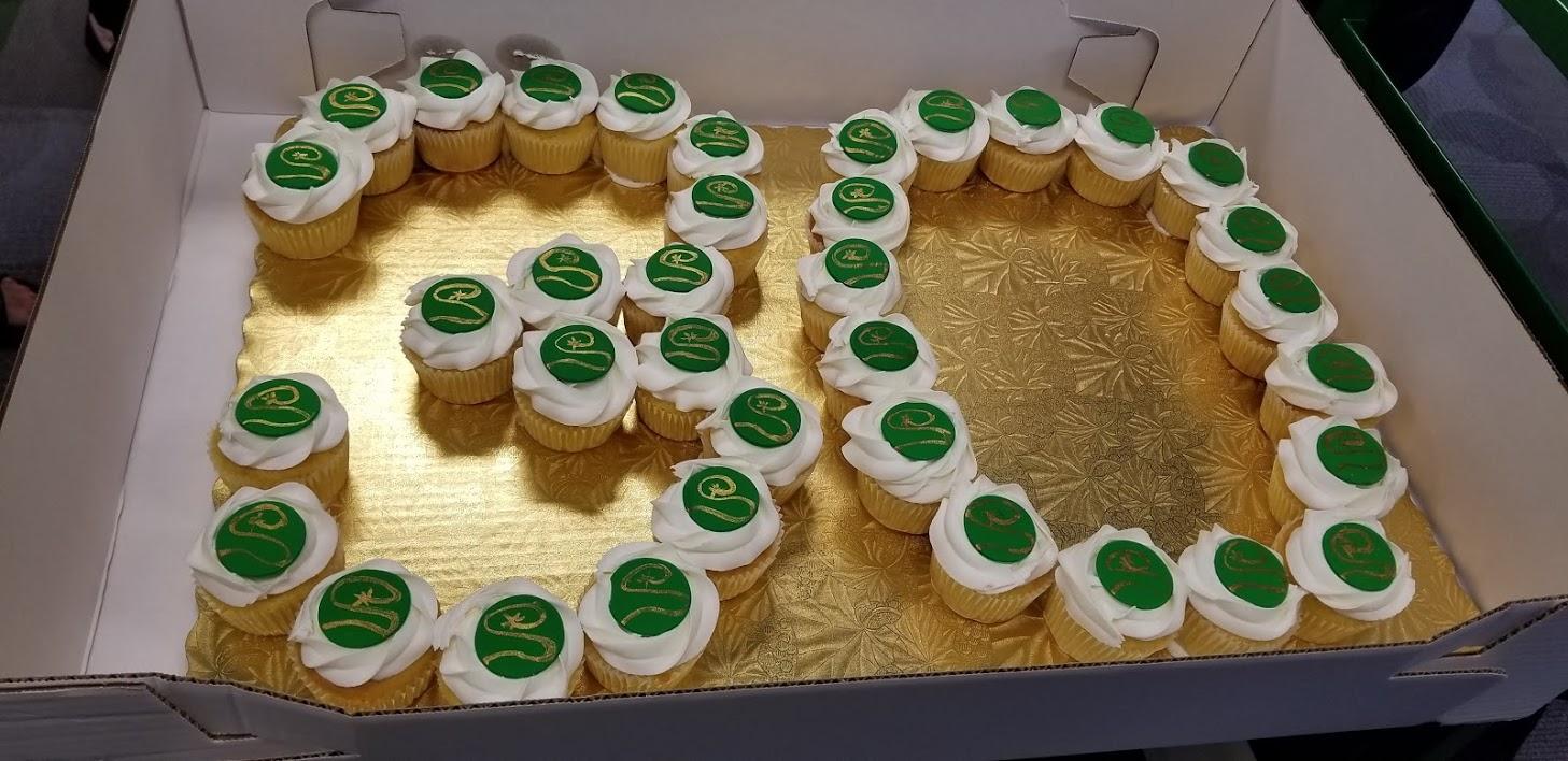 30 cupcakes.jpg