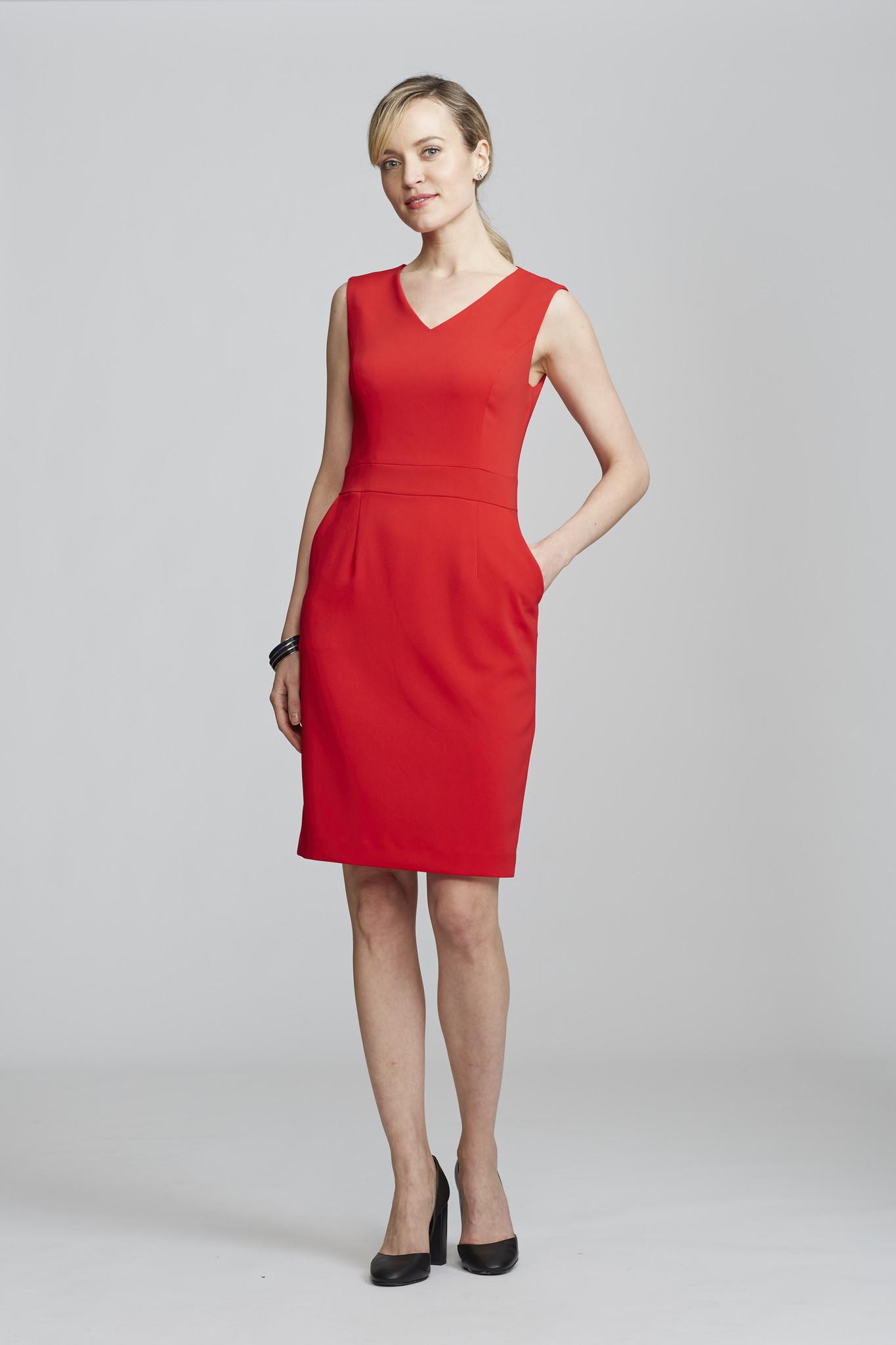 nora gardner interview - office fashion - ALYSSA DRESS - briar prestidge- deals in high heels