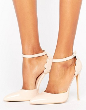 Lost Ink Scalloped Nude Patent Heeled Shoes