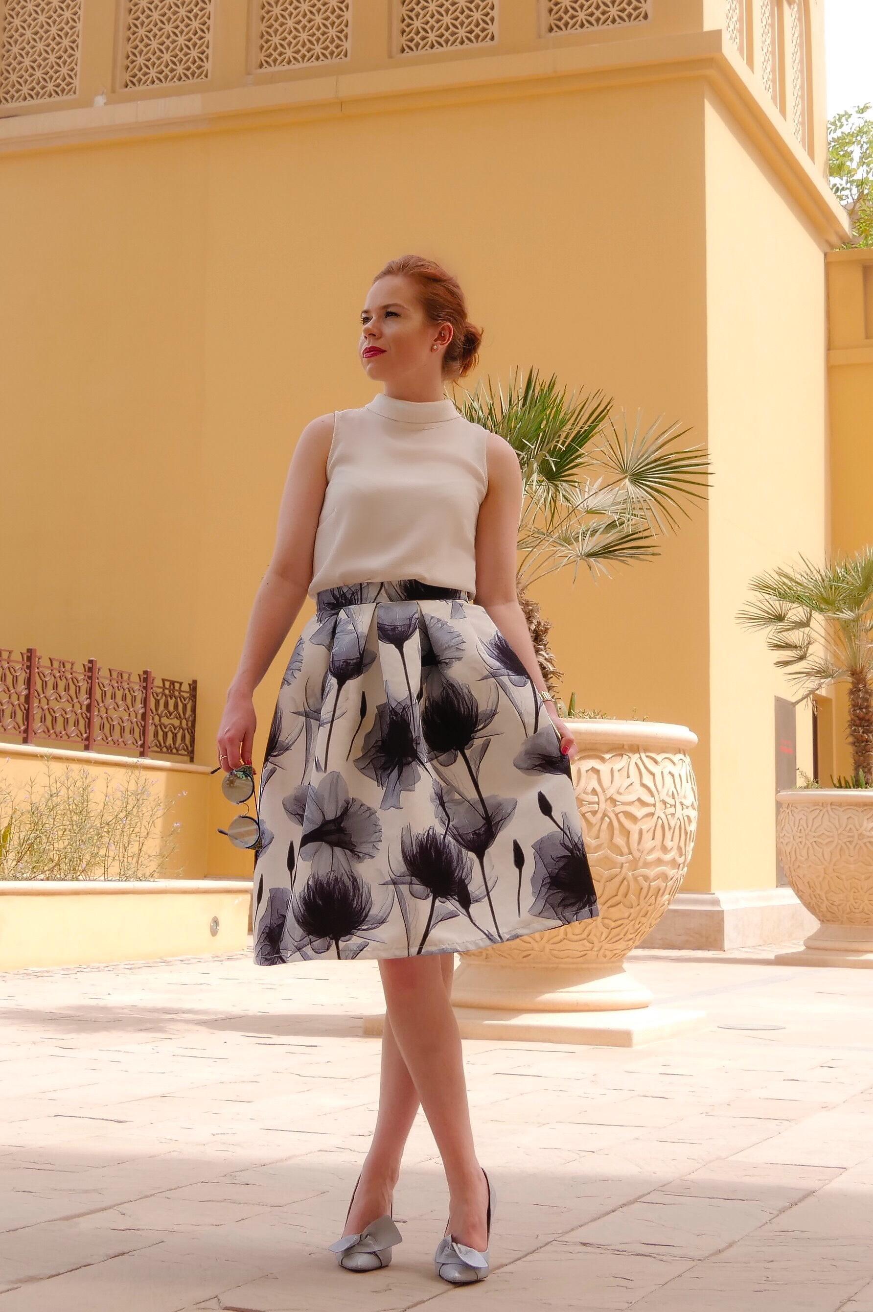 deals in high heels - corporate hustle and office fashion - briar prestidge