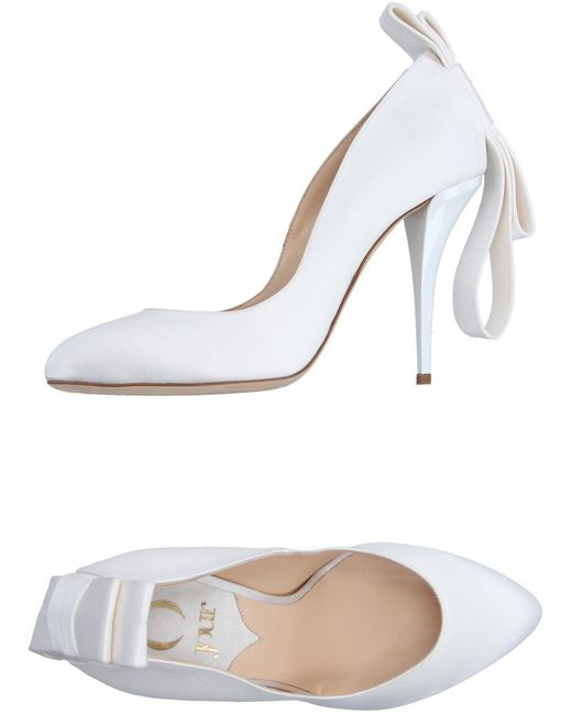 ojour- office court heels with bow twist - deals in high heels - corporate fashion blog