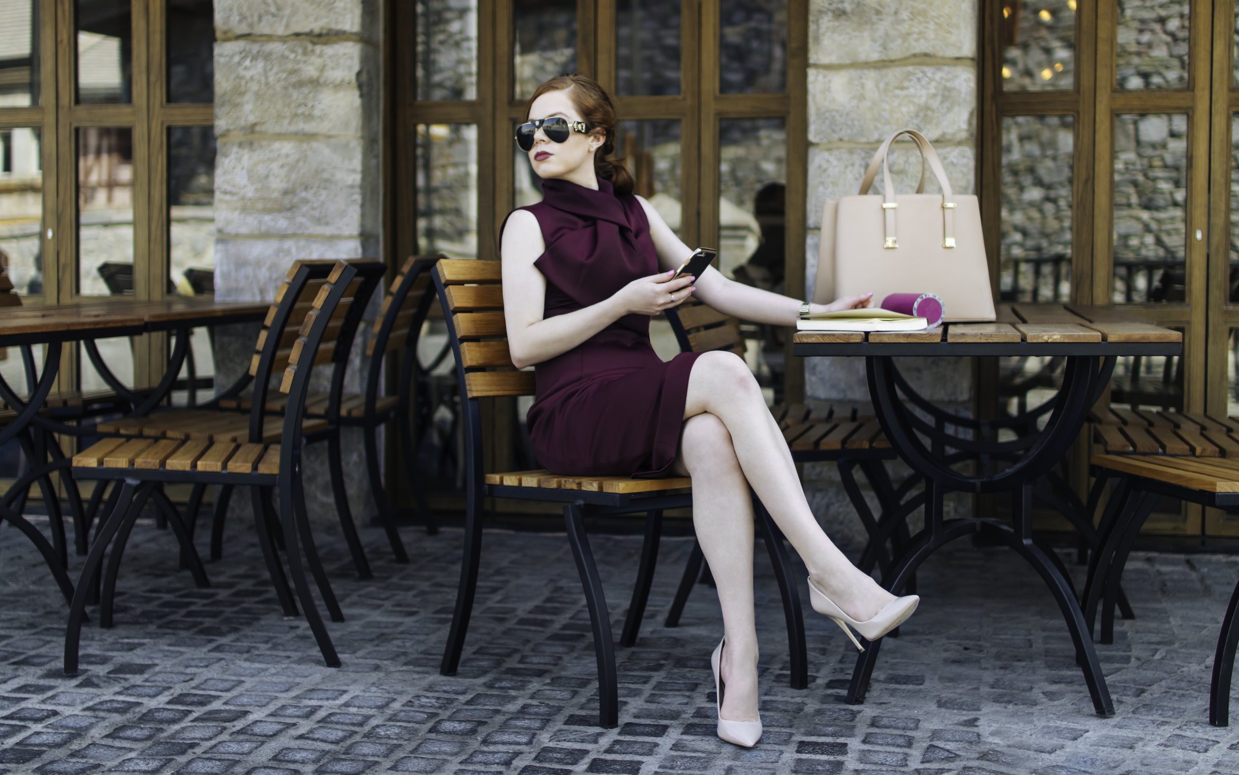 Photos are taken in Dubai Parks and Resorts. For today's chic office look, I'm wearing Ted Baker dress, nude Aldo heels, Versace sunglasses, Ted Baker bag and Michael Kors watch. Look linked below.