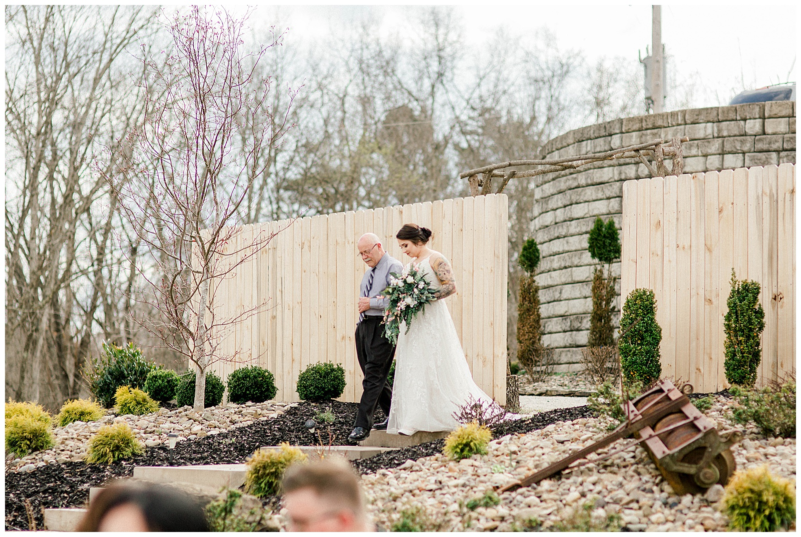 Lewis-Kara-Blakeman-Photography-Huntington-West-Virginia-Wedding-Barn-Olde-Homestead-22