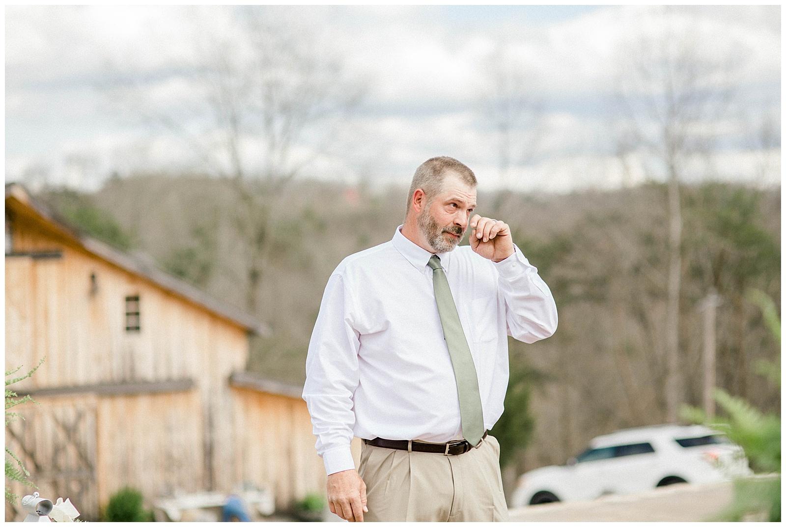 Lewis-Kara-Blakeman-Photography-Huntington-West-Virginia-Wedding-Barn-Olde-Homestead-23