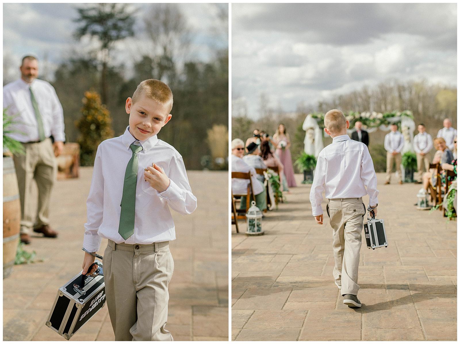 Lewis-Kara-Blakeman-Photography-Huntington-West-Virginia-Wedding-Barn-Olde-Homestead-26