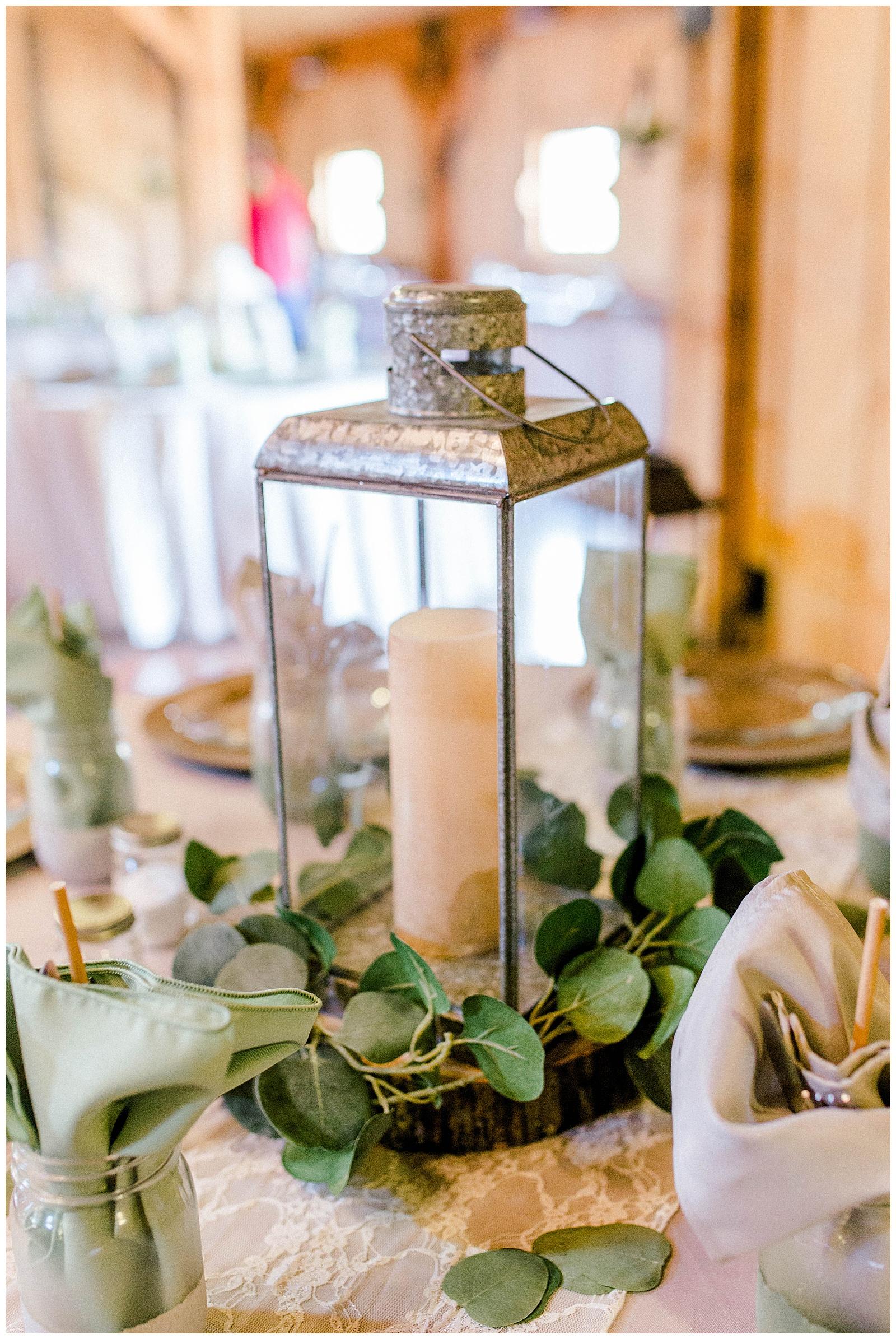 Lewis-Kara-Blakeman-Photography-Huntington-West-Virginia-Wedding-Barn-Olde-Homestead-57