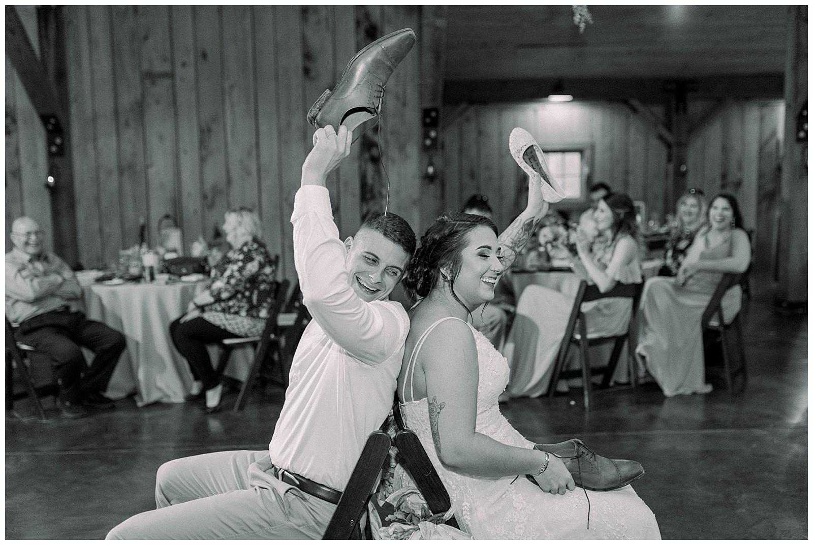Lewis-Kara-Blakeman-Photography-Huntington-West-Virginia-Wedding-Barn-Olde-Homestead-64
