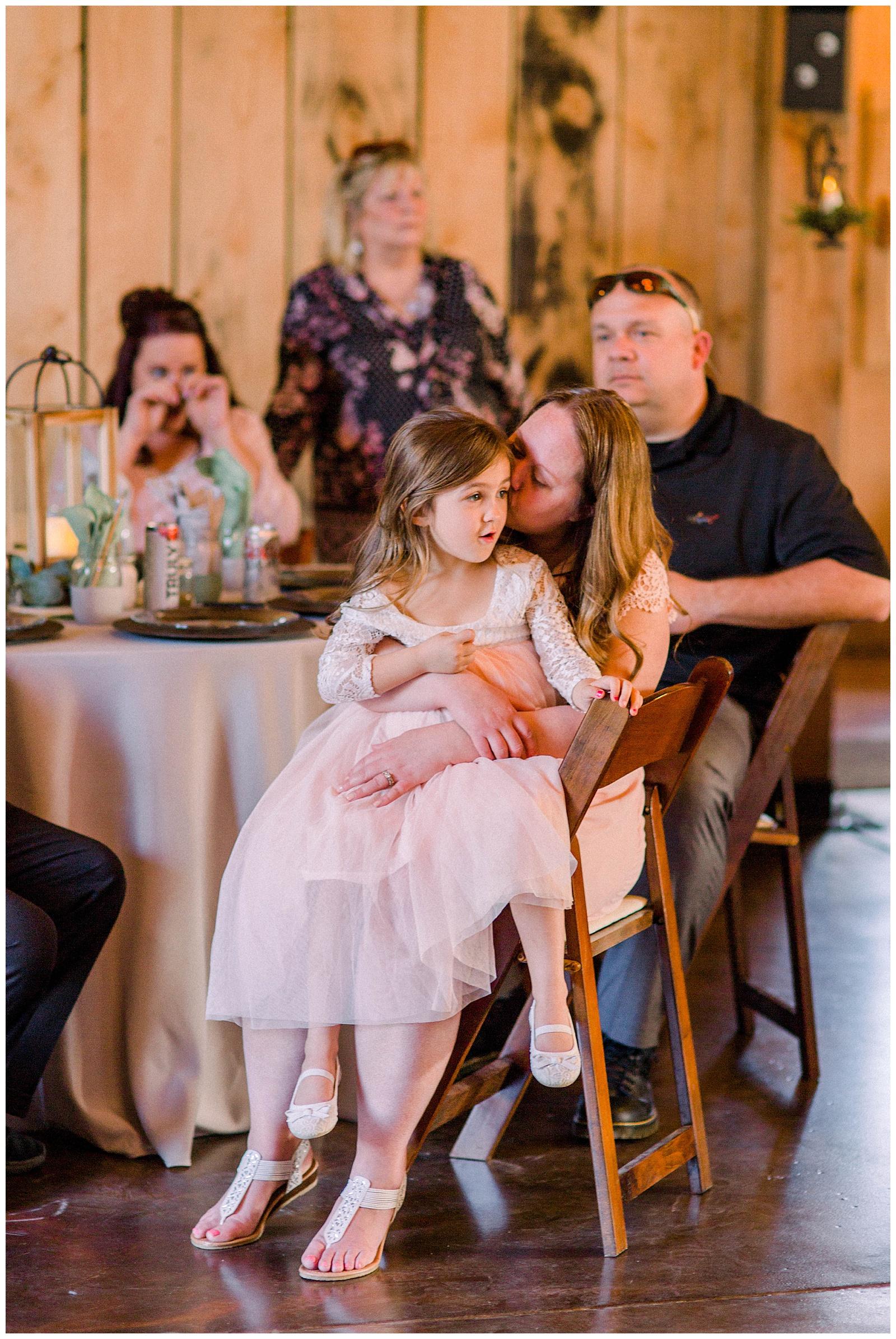Lewis-Kara-Blakeman-Photography-Huntington-West-Virginia-Wedding-Barn-Olde-Homestead-66