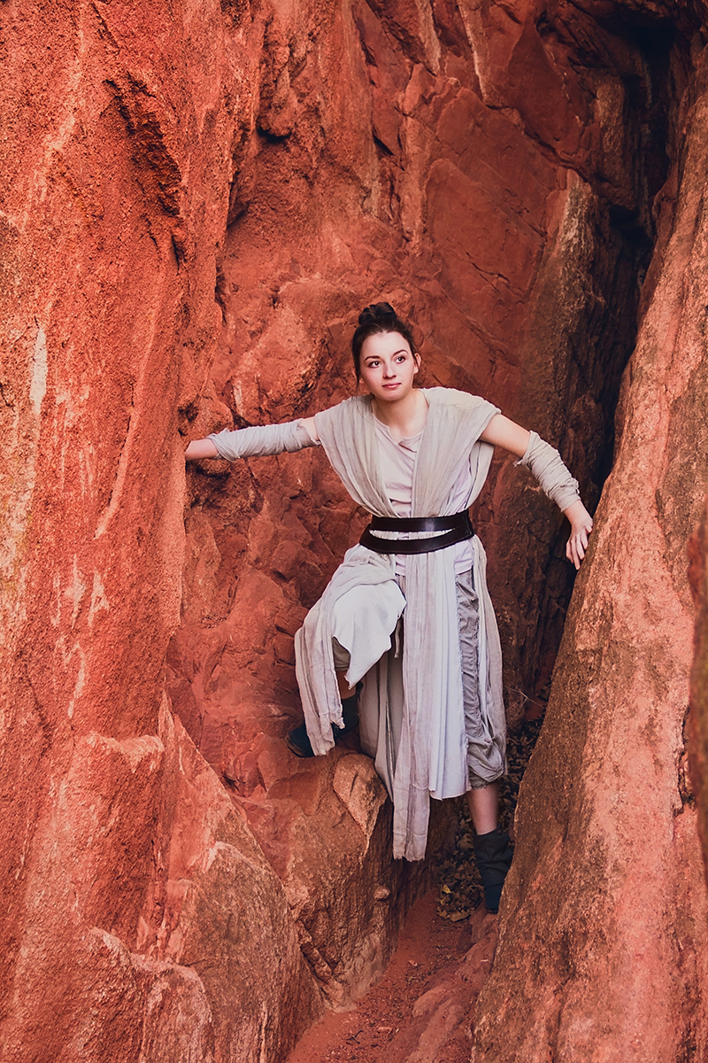 JSP Star Wars Styled Session Rey in a tight spot.jpg