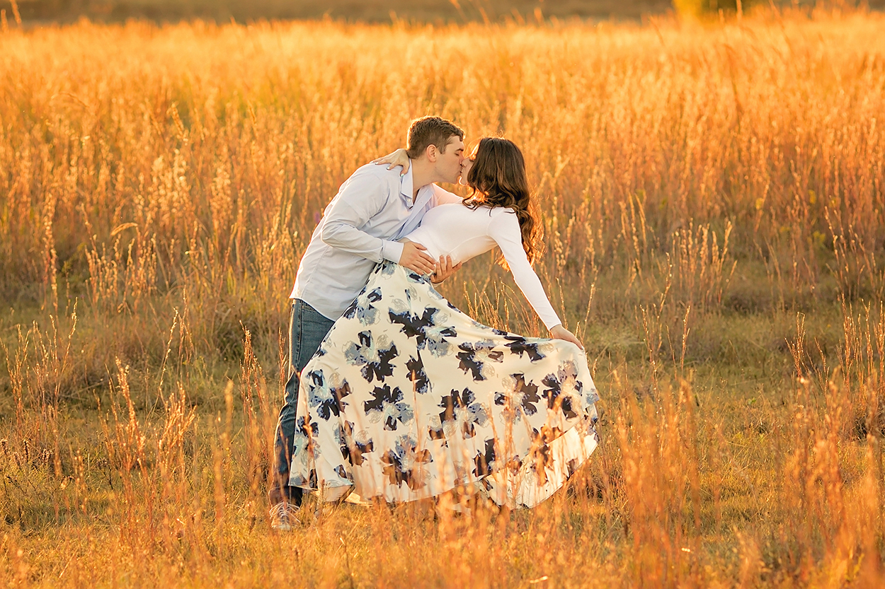 Wildflower Couple Engagement in a field.jpg