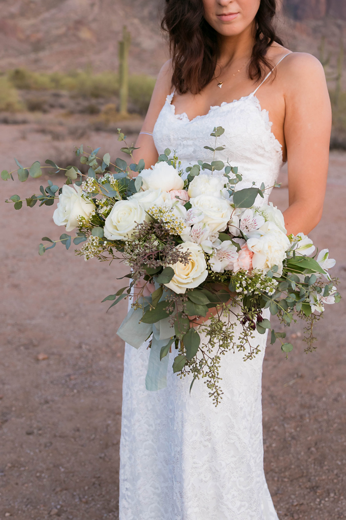 Bohemain Desert Bridal Bouquet.jpg