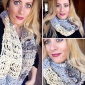 loose knit handspun accent cowl  click for free pattern
