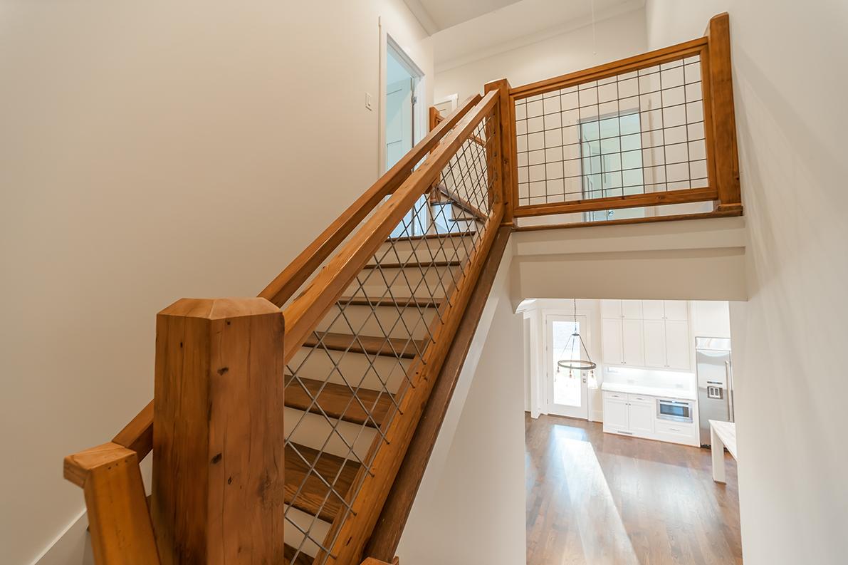 4066_Earney_Road_coolstairs.jpg