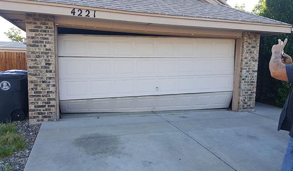 Install_Garage_Door_2.jpg