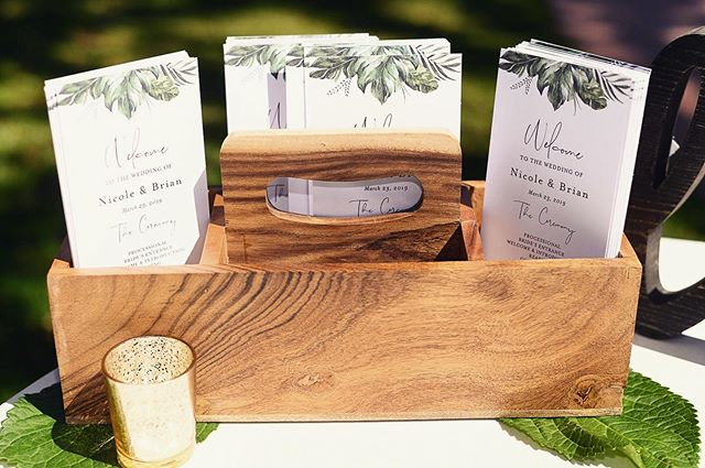Greenery wedding programs... yes please!