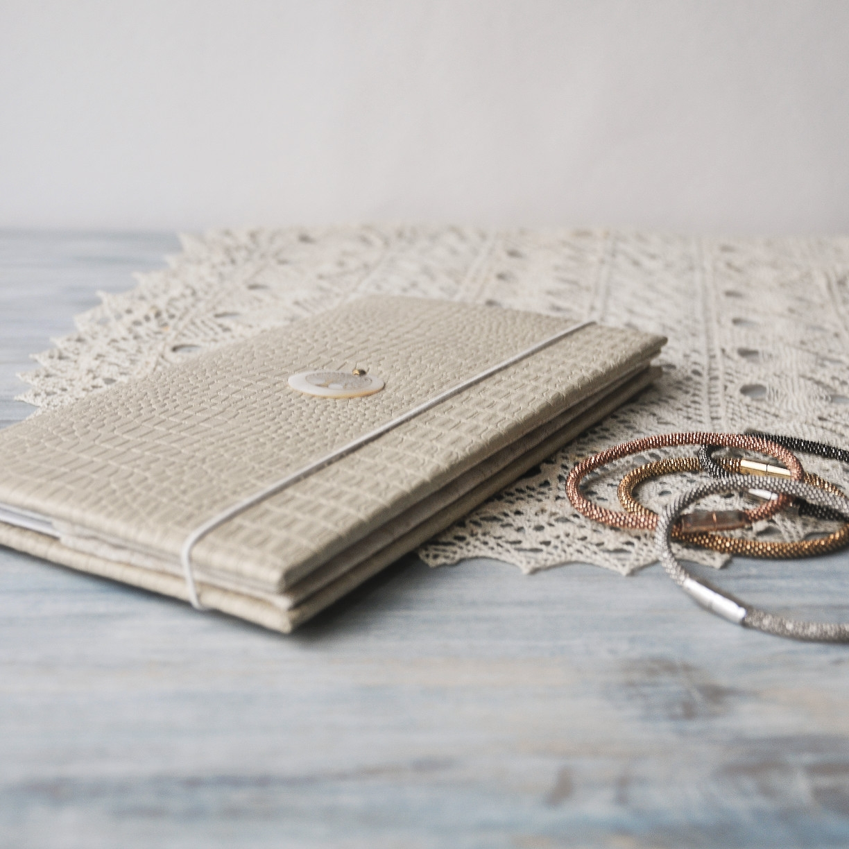 crocco-eco-leather-personalized-travel-wallet