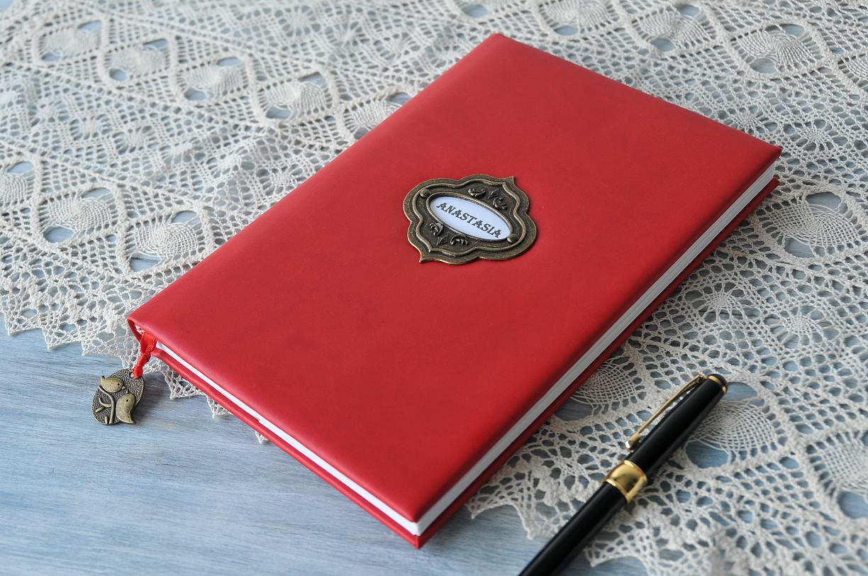 red-eco-leather-handmade-journal-mv-design-atelier-handmade-barcelona.jpg
