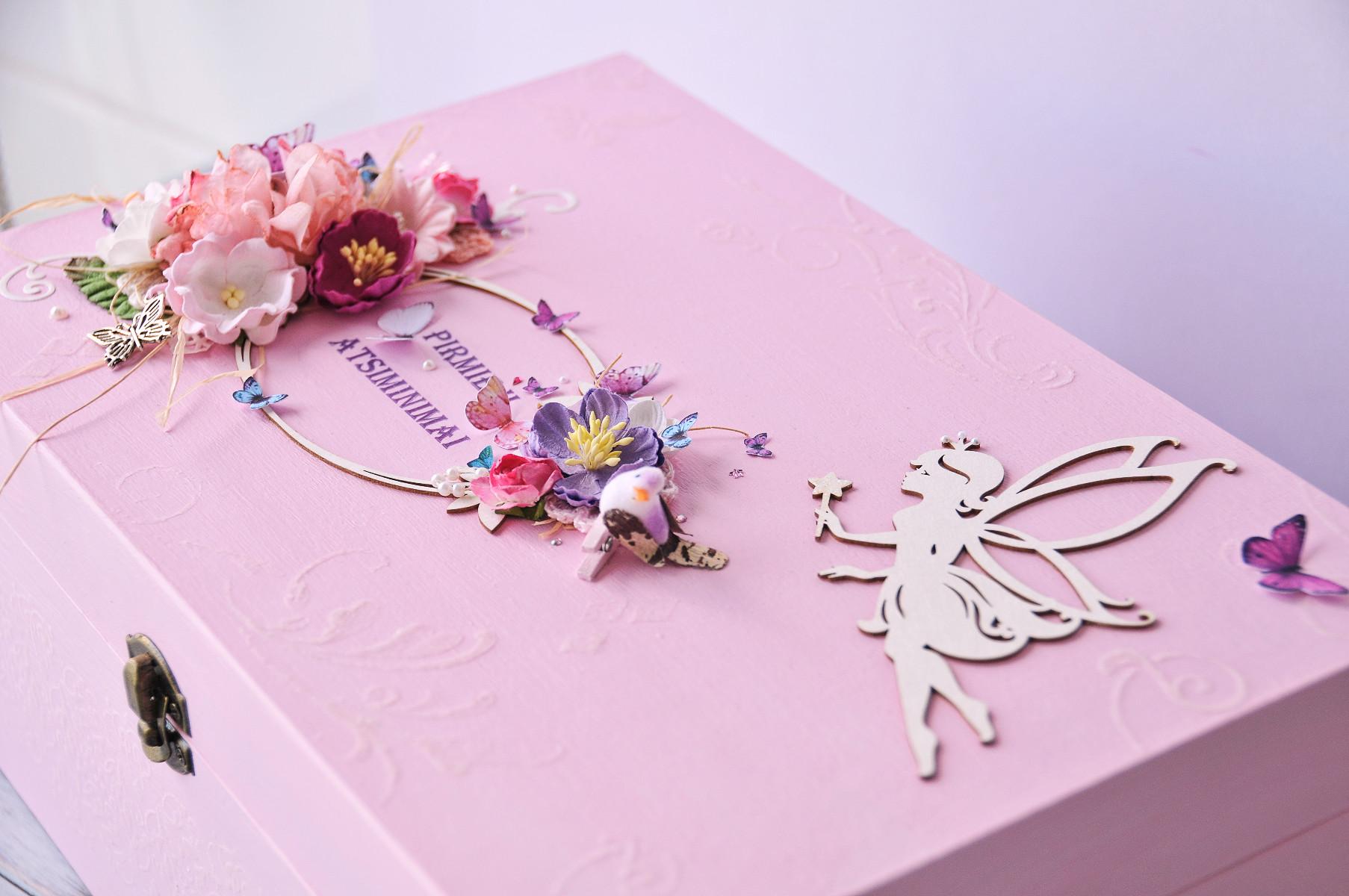 pink-baby-girl-keepsake-box.jpg