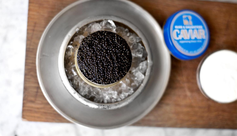 Caviar in tin