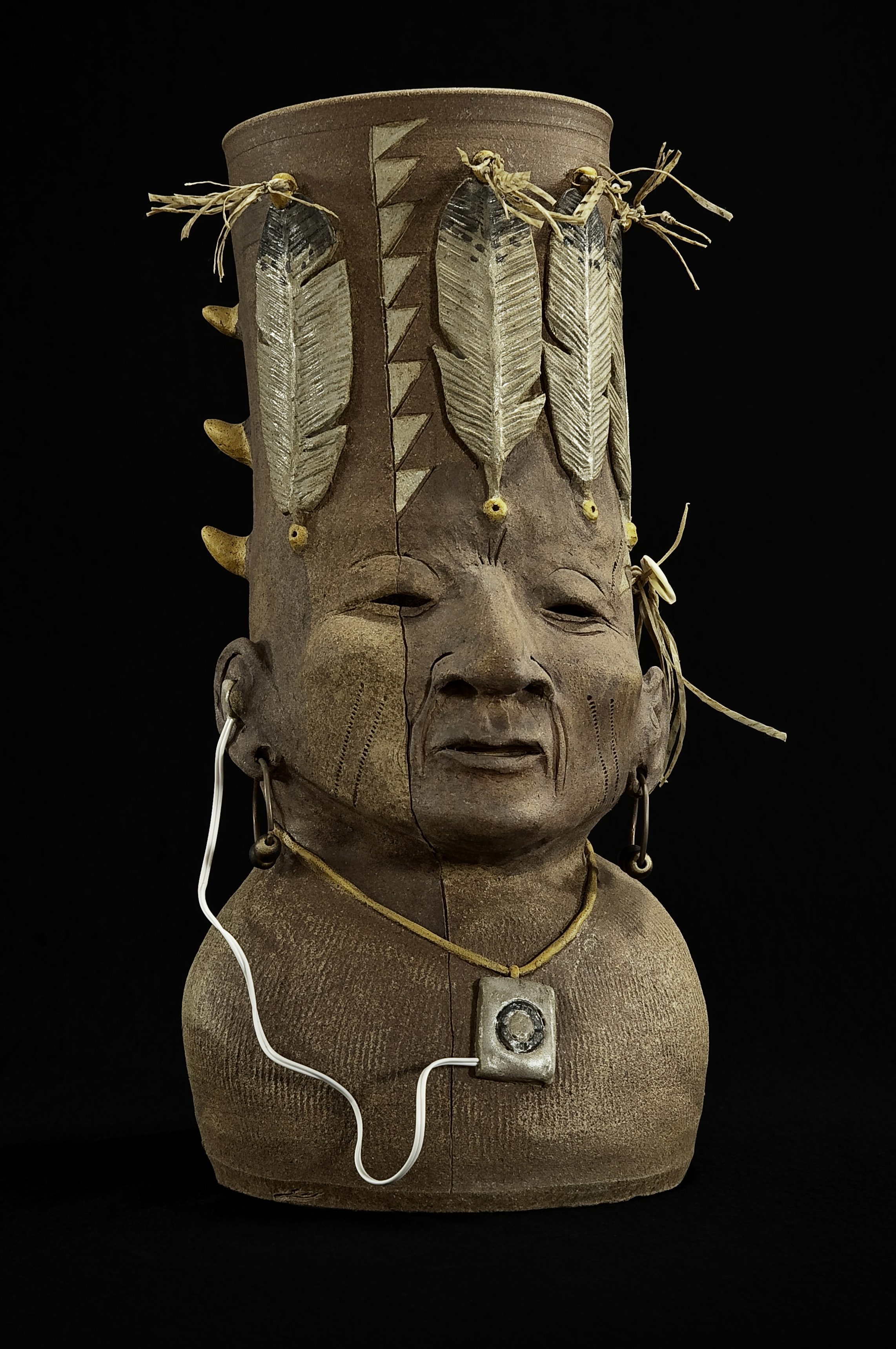 5-Peter_B_Jones_2010_New_Indian-Portrait_Jar_Clay_pigment_sinew_copper_wood_15.jpg