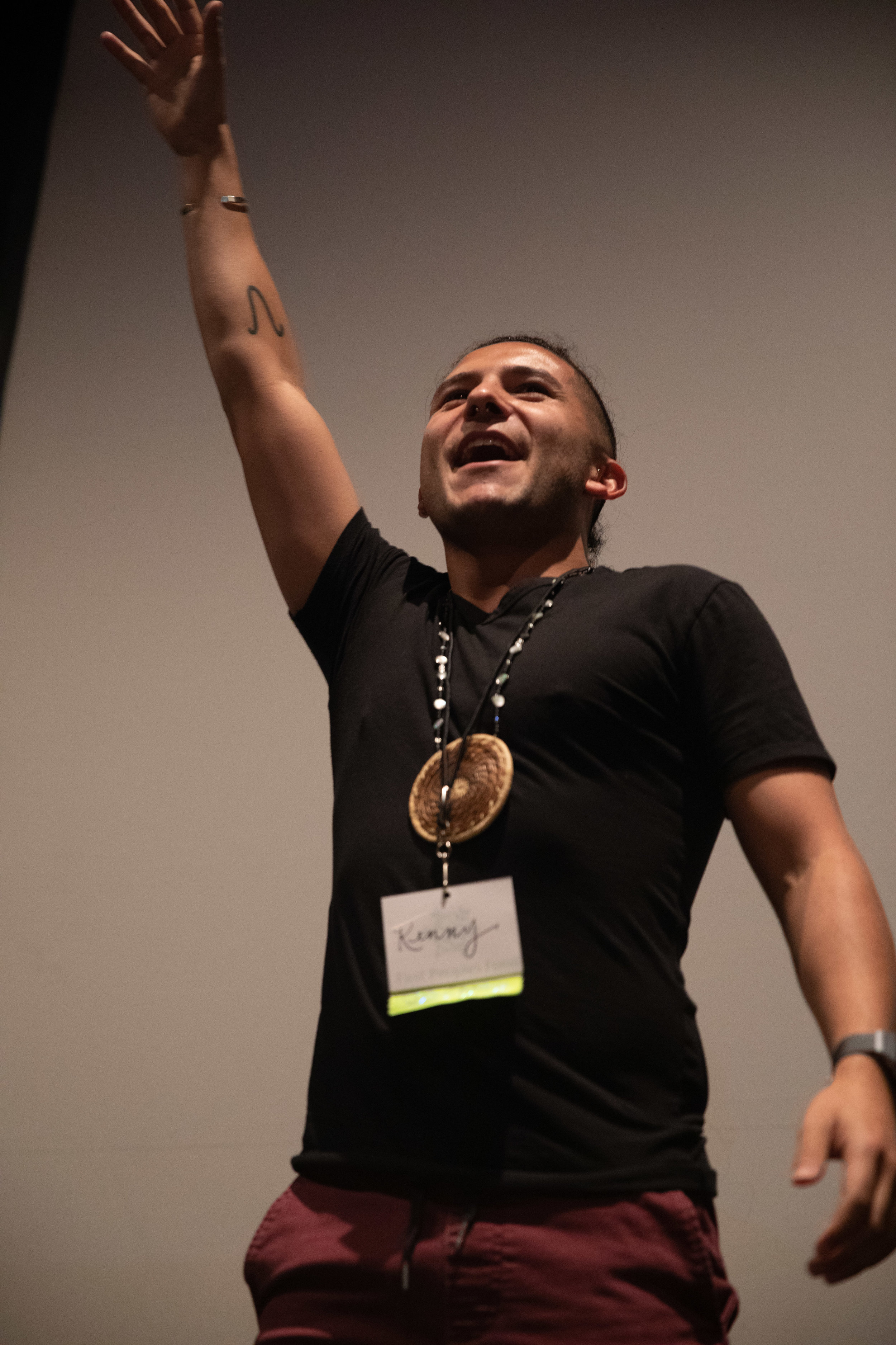 2019 Fellow, Kenny Ramos (Barona Band of Mission Indians) facilitates a session during the convening.