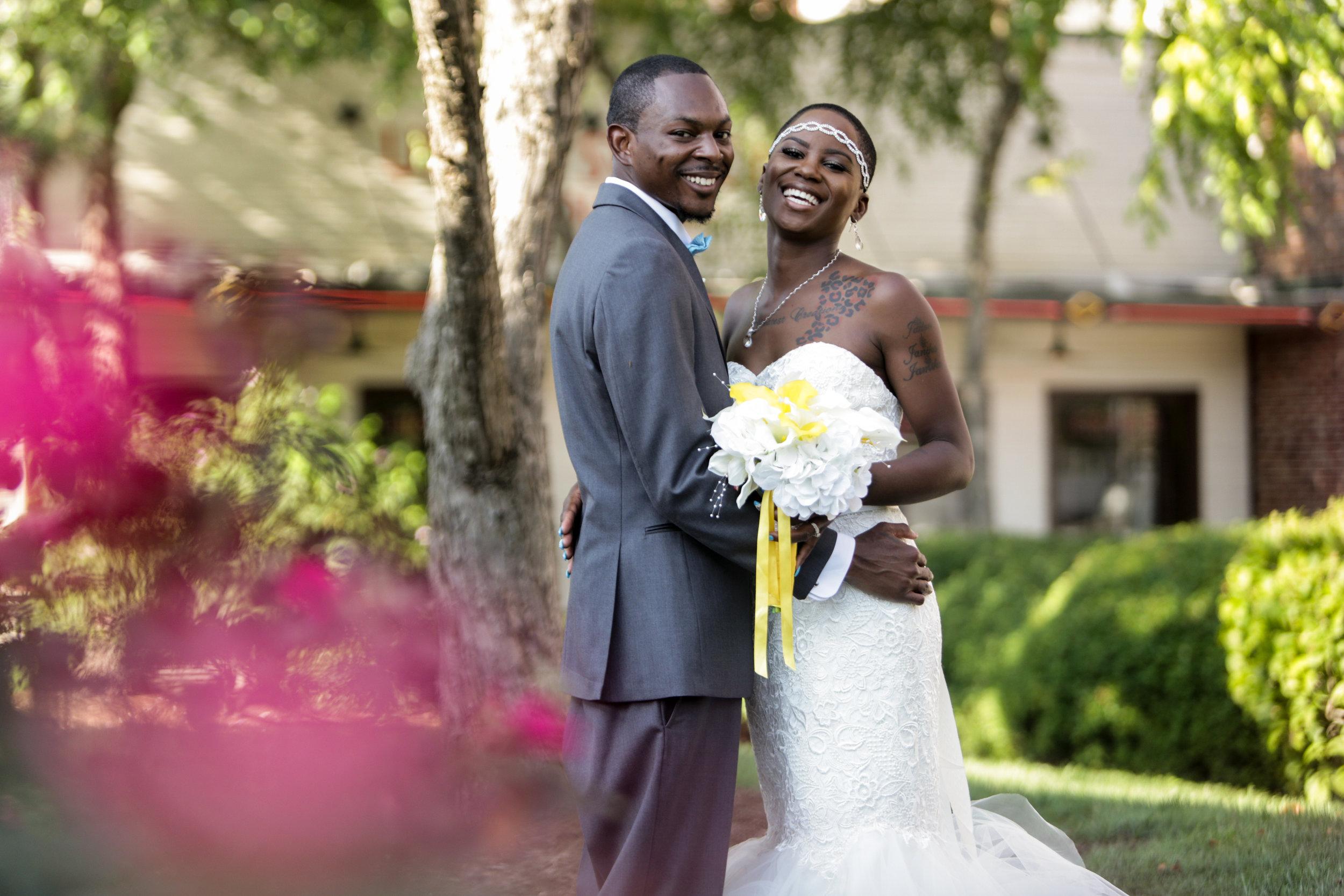 St. Louis Photographer St. Charles Photographer Engagement Wedding Photographer (34).jpg